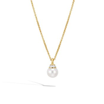 Classic Chain Pendant Necklace in 18K Gold, Pearl, Diamonds