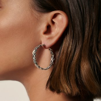 Asli Classic Chain Link Medium Hoop Earrings in Silver
