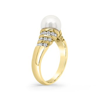 14K Yellow Gold Diamond White Akoya Cultured Pearl Ring