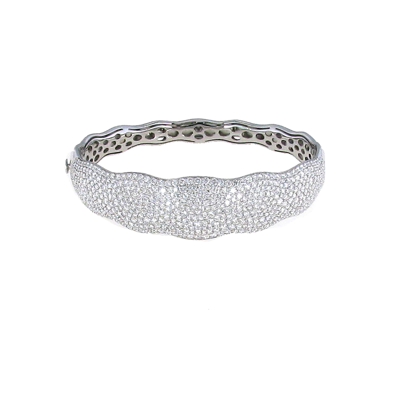 Roberto Coin 18Kt White Gold Scalloped Diamond Bangle