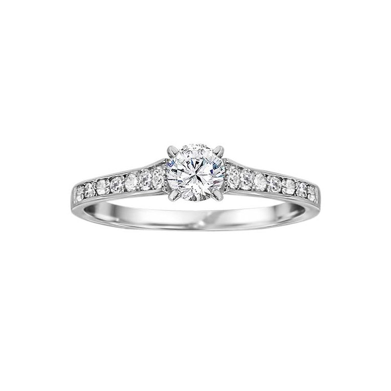 True Romance Round Cut Classic Diamond Engagement Ring