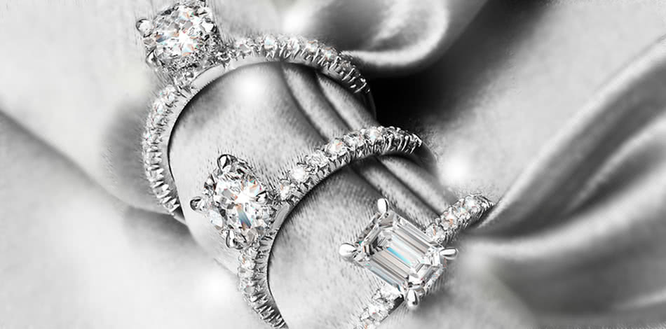 Banner Short Bridal Rings 1
