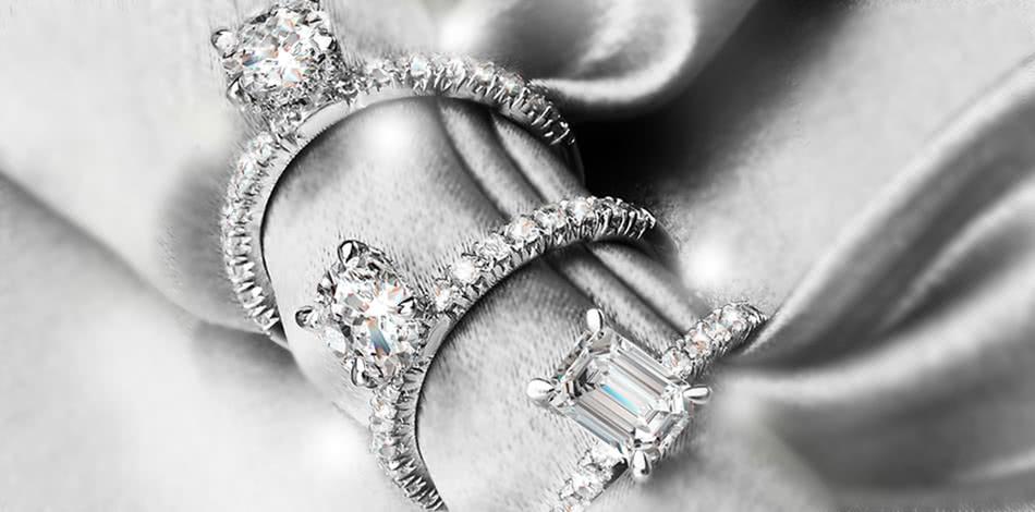 Banner Short Bridal Rings 1