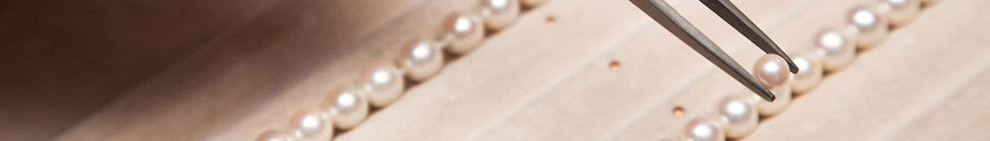 Banner Pearl Bead Restring