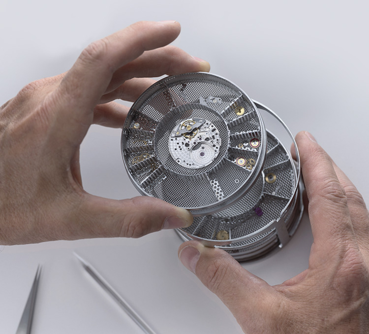 Rolex Servicing Procedure Cleaning The Movement