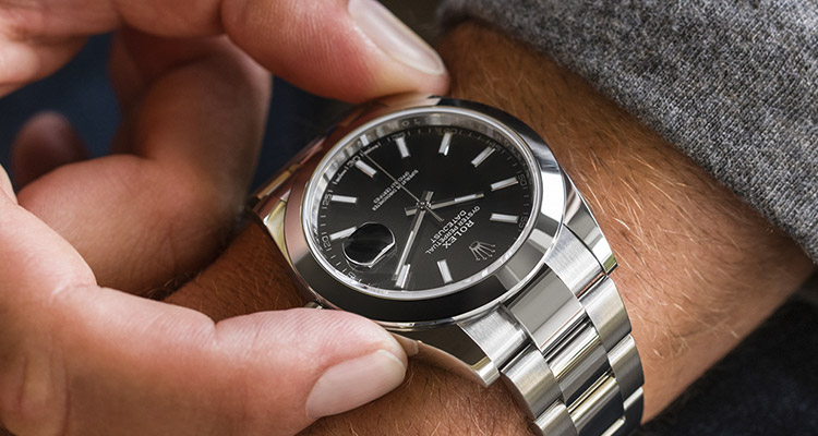 Rolex Servicing Procedure Worn Watch